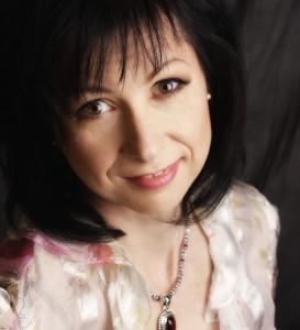 Fiona Ashe – Film Director & Screenwriter
